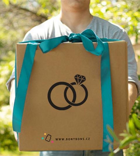 Balík pro vytvoření svatebního Candy Baru